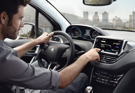 PEUGEOT 2008 Crossover | Interior Design