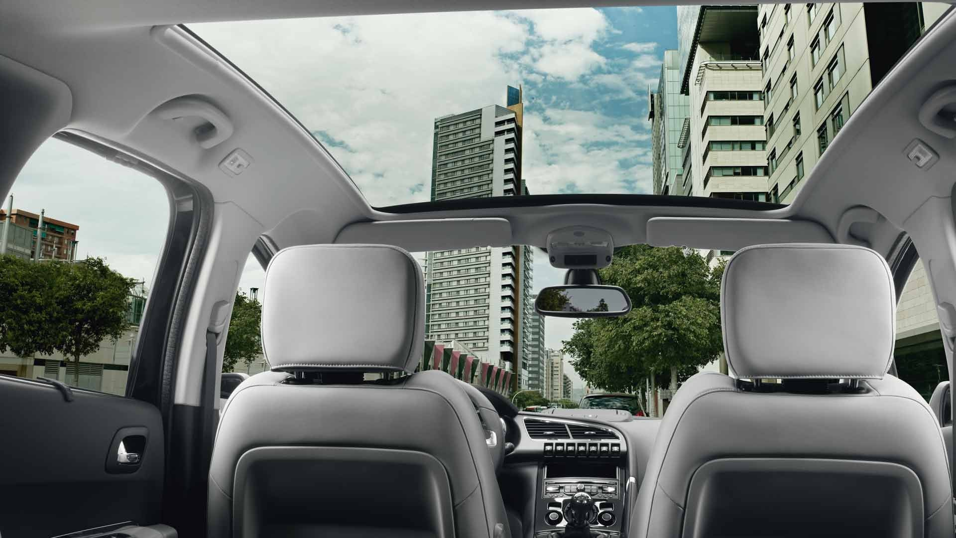 Peugeot 3008 crossover gallery for Interieur 5008