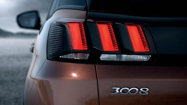 peugeot-3008 tail light