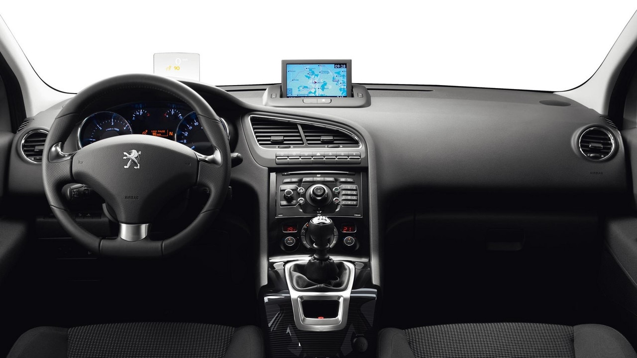 peugeot 5008 mpv interior design