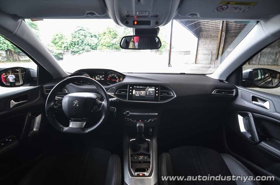 2016 peugeot 308 allure hatchback. Black Bedroom Furniture Sets. Home Design Ideas